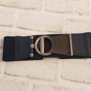 3/$20 ⭐ Navy Stretch Belt